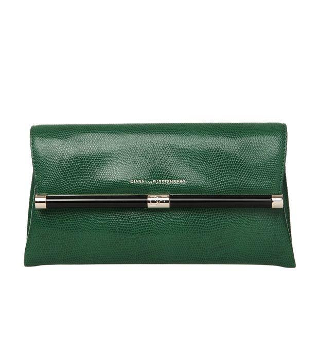 440 Envelope Embossed Lizard Clutch In Emerald