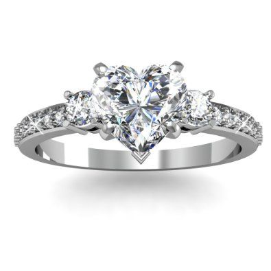 Heart Shape Diamond Engagement Ring   Unusual Engagement Rings Review