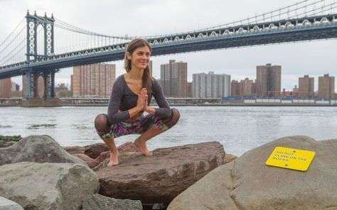 5 steps to conquering crow pose  crow pose yoga poses