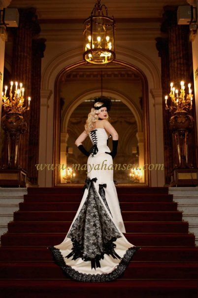 Black And White Wedding Dress I Love The Bustle Lace Up Corset Top Wonder What Front Looks Like