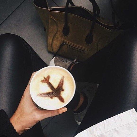 How every coffee should look! TAG someone who's addicted to coffee and flying! #coffee #adventure #expatvibes #fly #frequentflyer