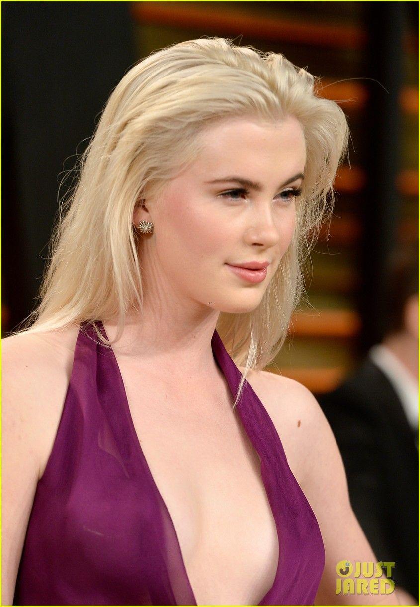 Ireland Baldwin poses nude; Rogue One reel; new Katy