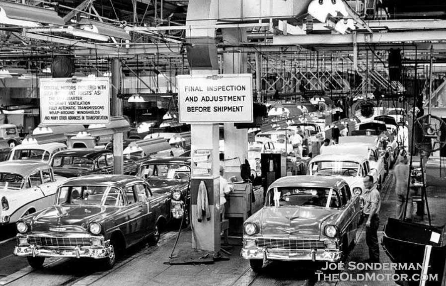 1956 Chevrolet assembly line, GM Fairfax Assembly Plant, Kansas ...