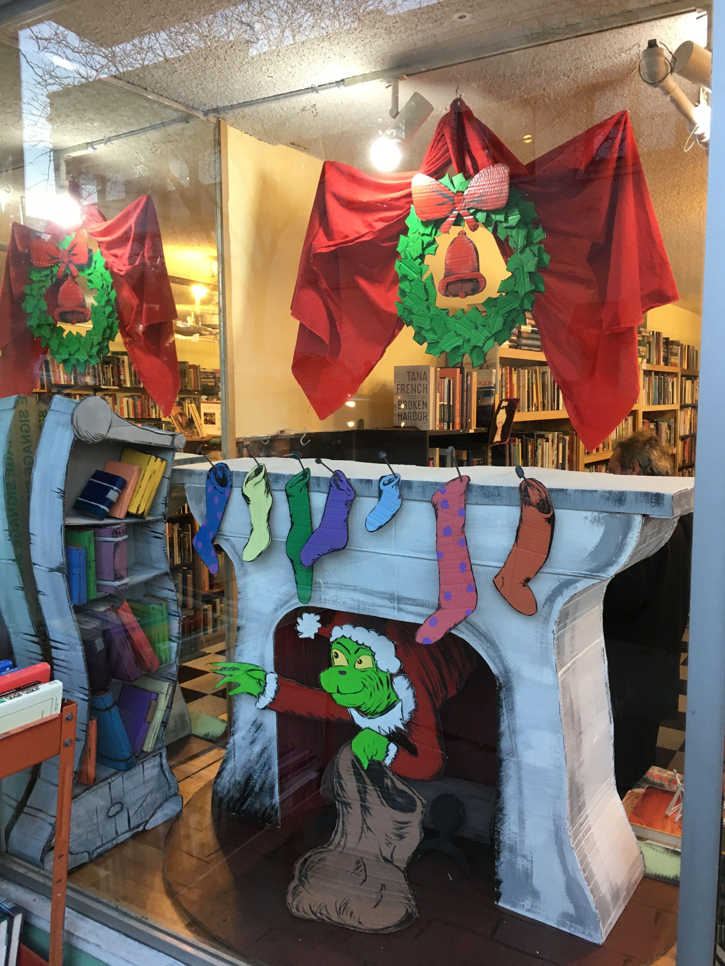 Grinch Y Window Display Christmas Cubicle Decorations Whoville Christmas Office Christmas Decorations
