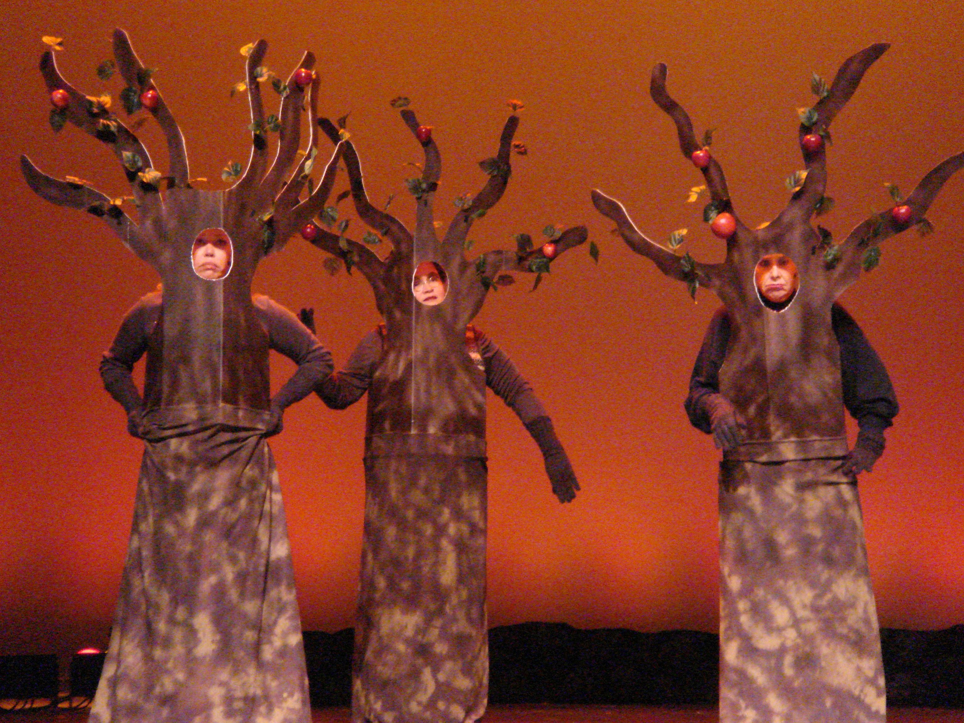 Wizard Of Oz - Apple Trees. Costume