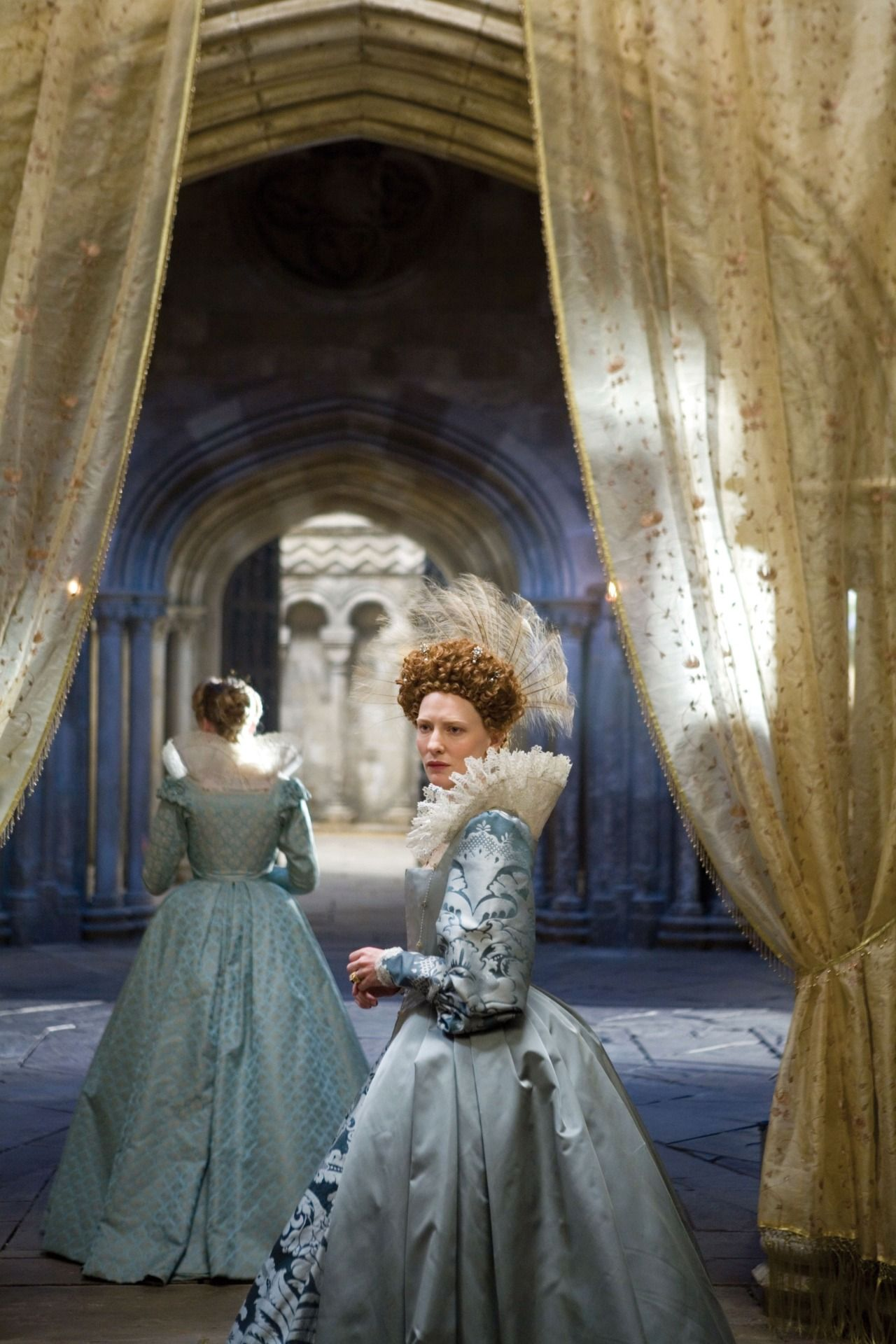 Cate Blanchett as Queen Elizabeth I in 'Elizabeth The