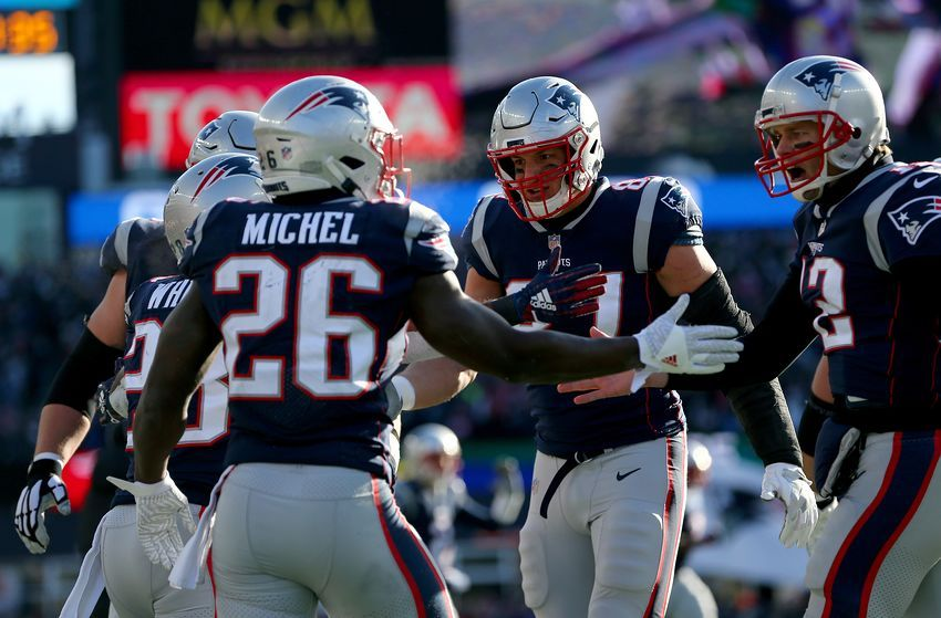 New england patriots who anchors passing game without rob