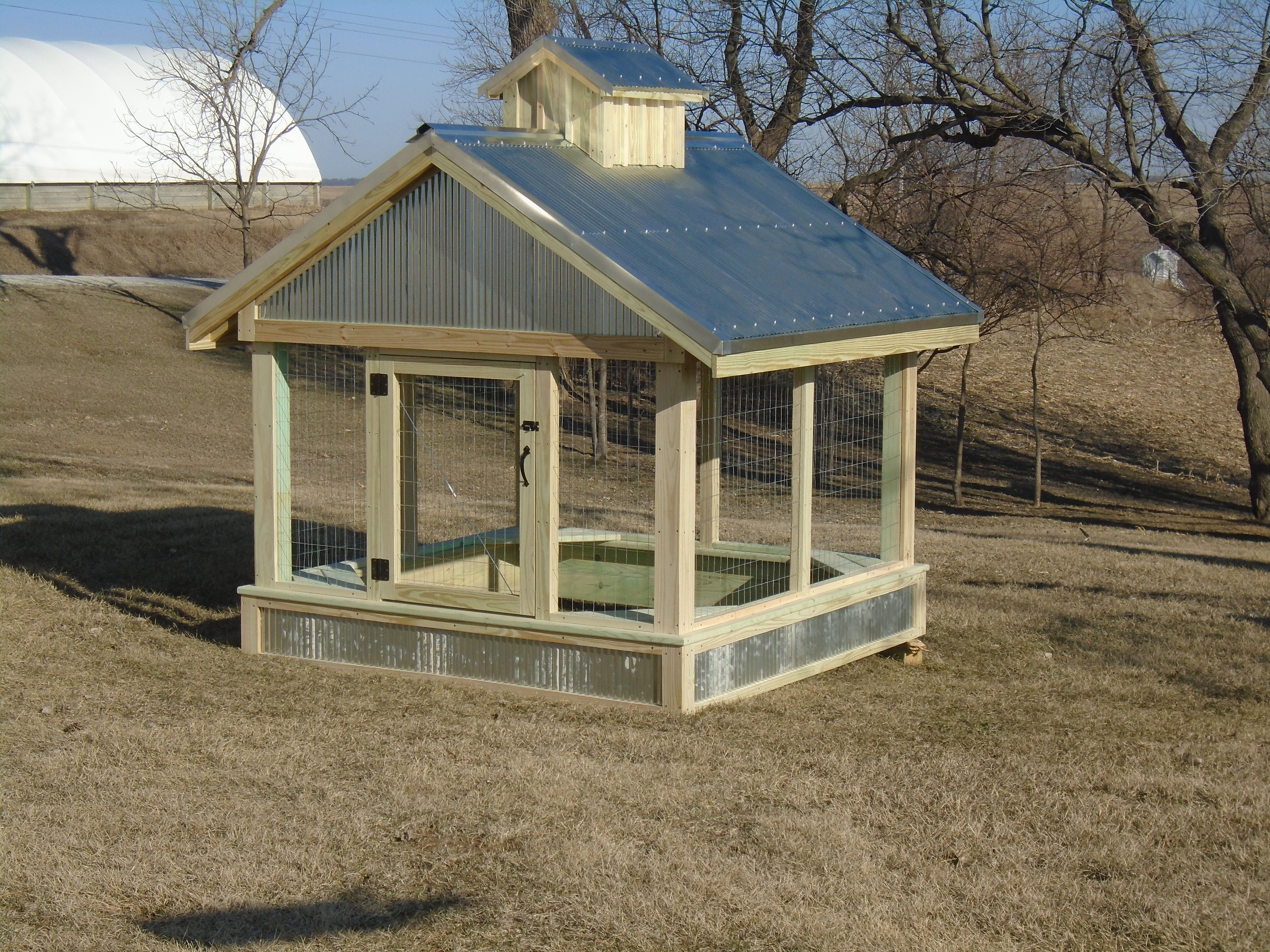 Covered Sandbox Farm Style With Cupola Galvanized Roof And Wire Screen So Critters Can T Get In Sandboxes Galvanized Roofing Barbie Dream House