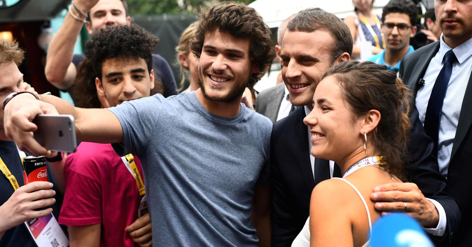 French President Macron launches tech visa to make France