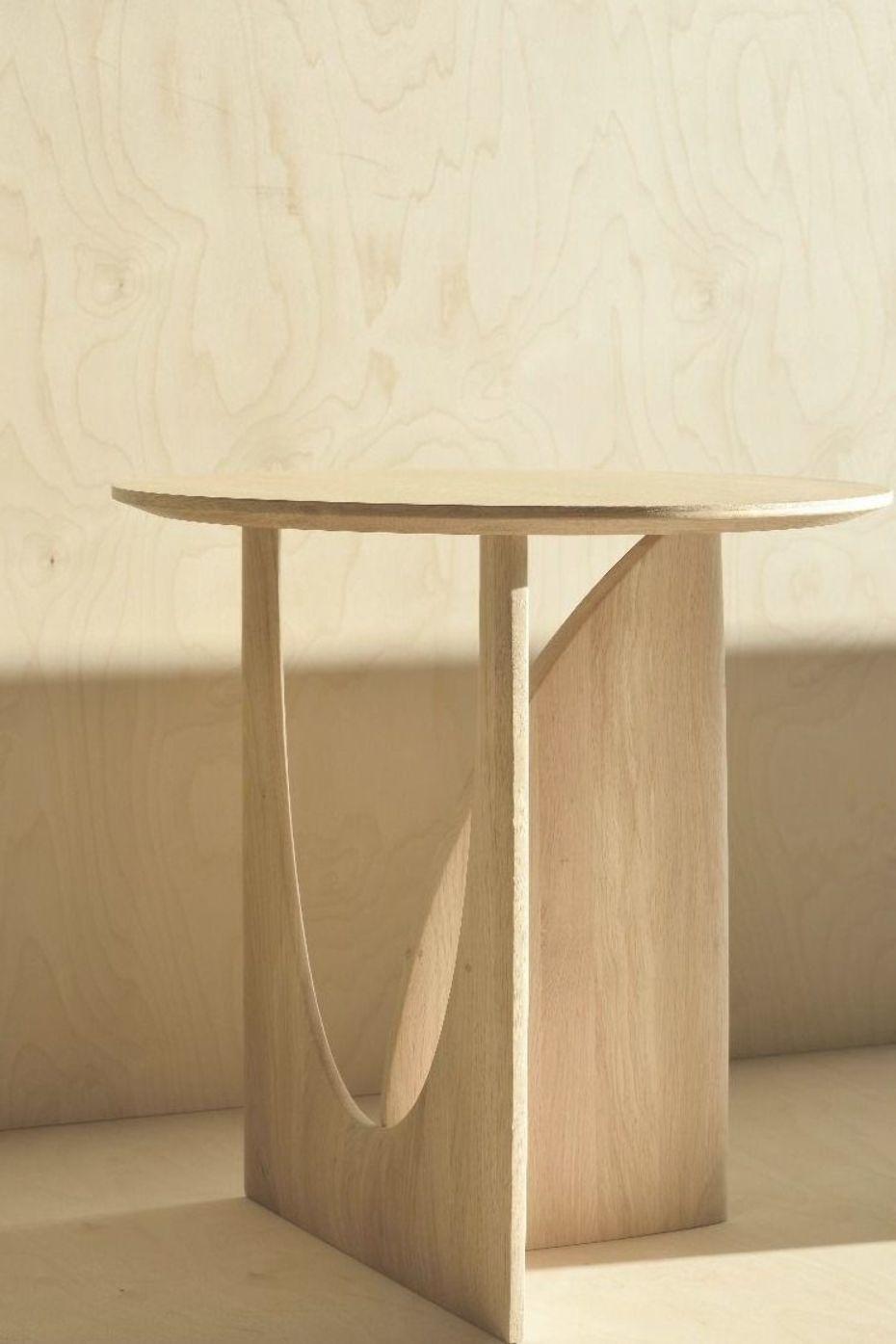 Geometric Side Table Oak Modernes Mobeldesign Beistelltische Dekor