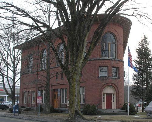 Historic Buildings Of Connecticut Deep River Architecture Details Flatiron Building Deep River