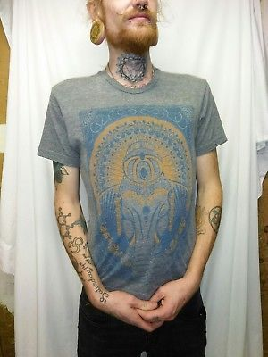 f2efc0679 Mens-Small-Curbside-Clothing-Grey-T-Shirt-w-Elephant-Mandala-graphic