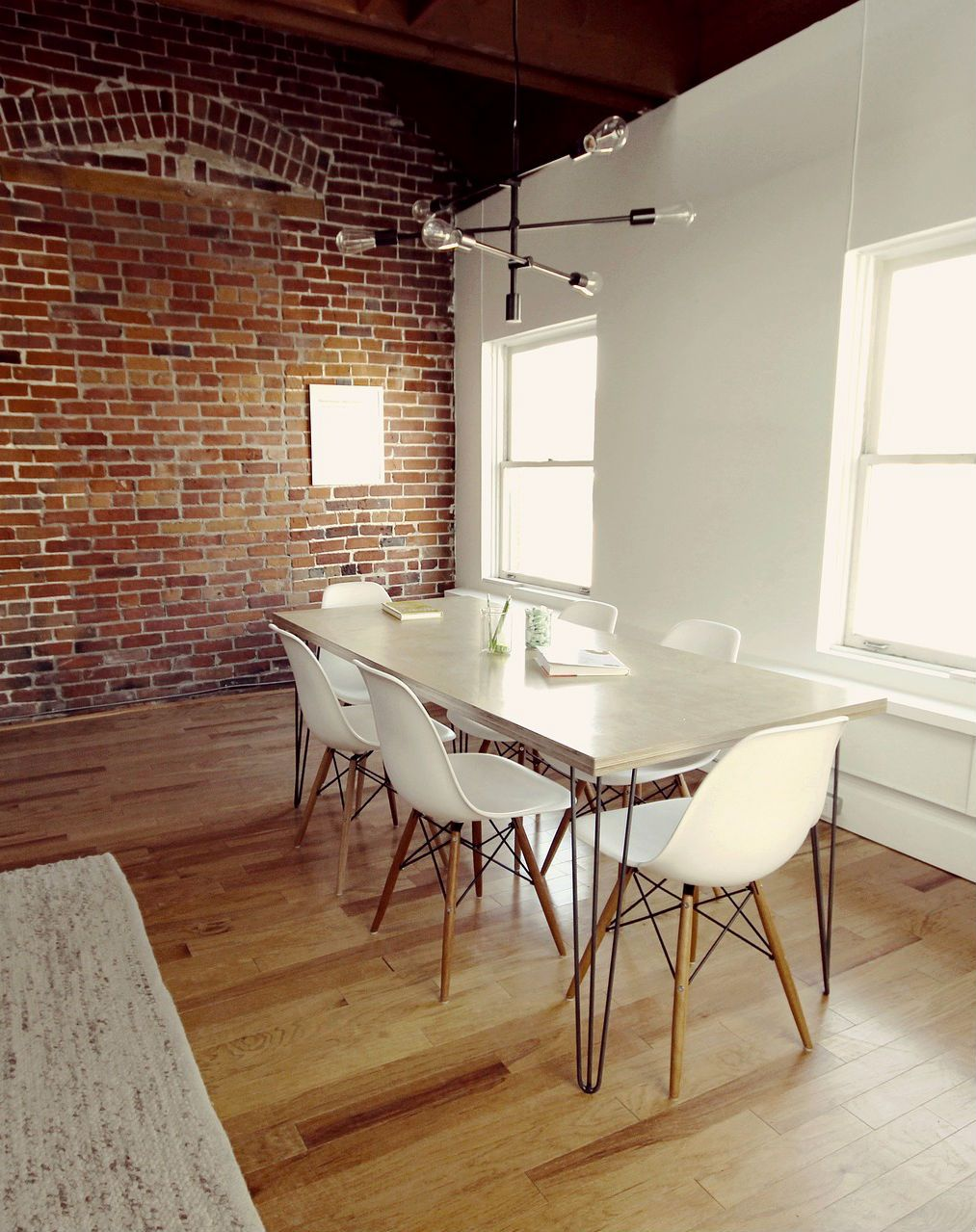 Bright Dining Room In White With A Red Brick Accent Wall Mortonstones Rustic Home Decor Interi Bright Dining Rooms Rustic Dining Room Brick Accent Walls
