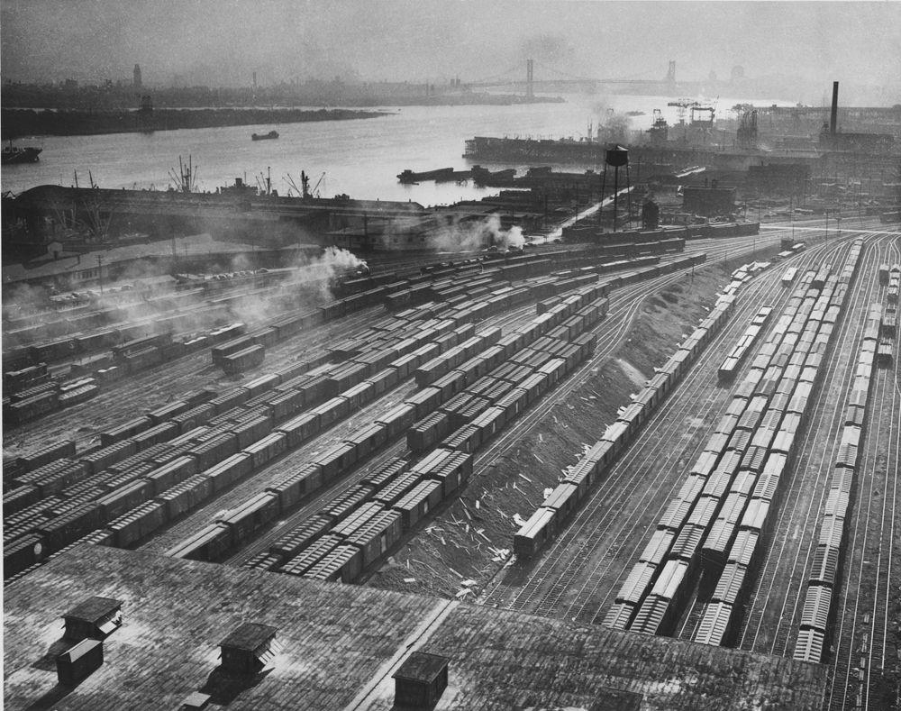 Pennsylvania Railroad  Philadelphia Freight Terminal Along