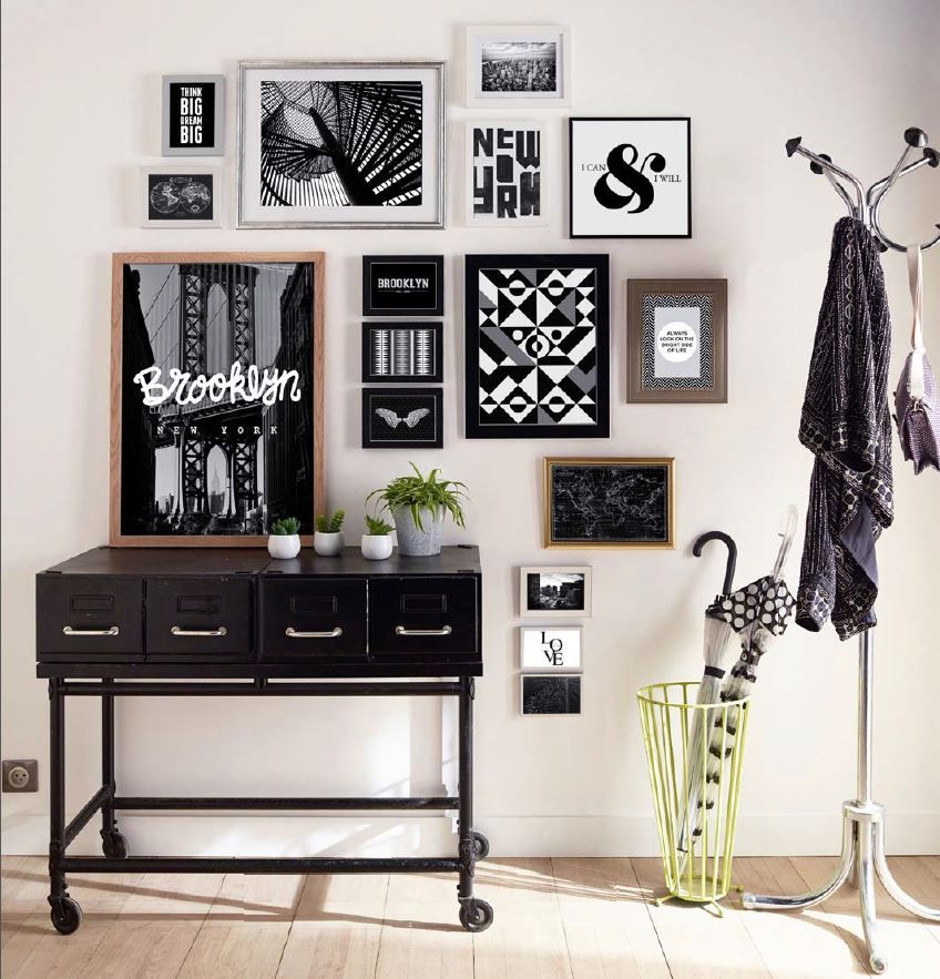 une d co de caract re pour cette entr e cr ez un p le m le g ant avec vos images coup de coeur. Black Bedroom Furniture Sets. Home Design Ideas