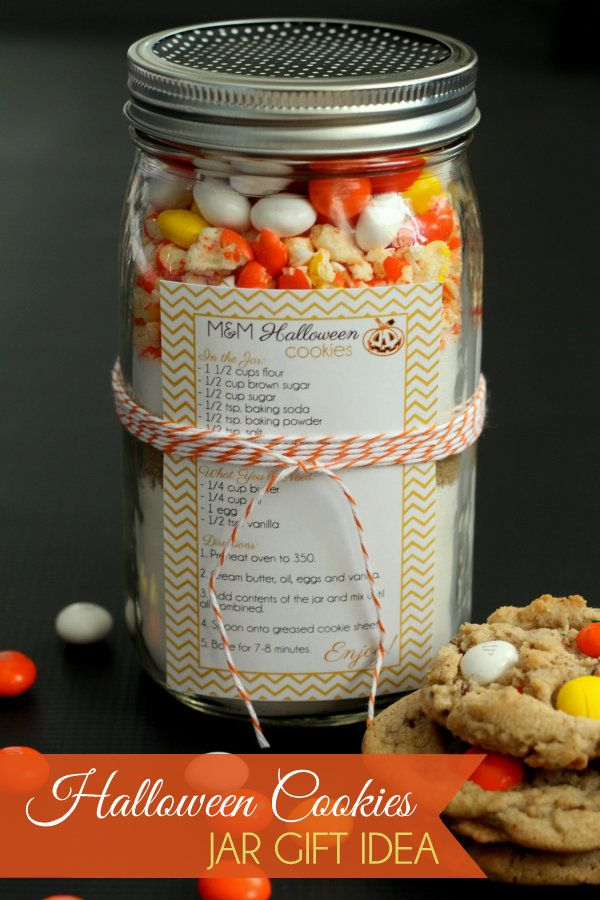 CUTE Halloween Cookies Jar Gift Idea This says Halloween but I think you could use it all fall just call them fall cookies.
