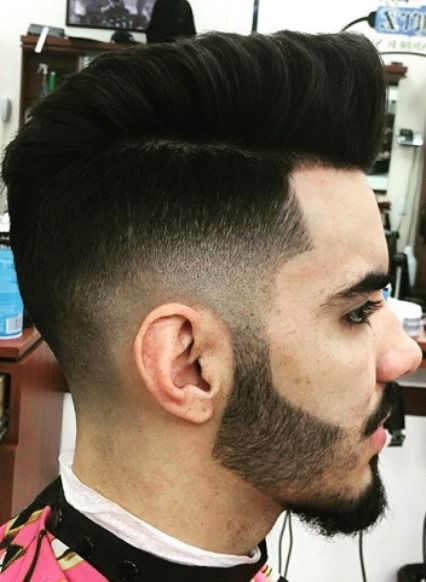 nice Different Side Parted Men s Hairstyles Fonott Frizurák 54a730e494