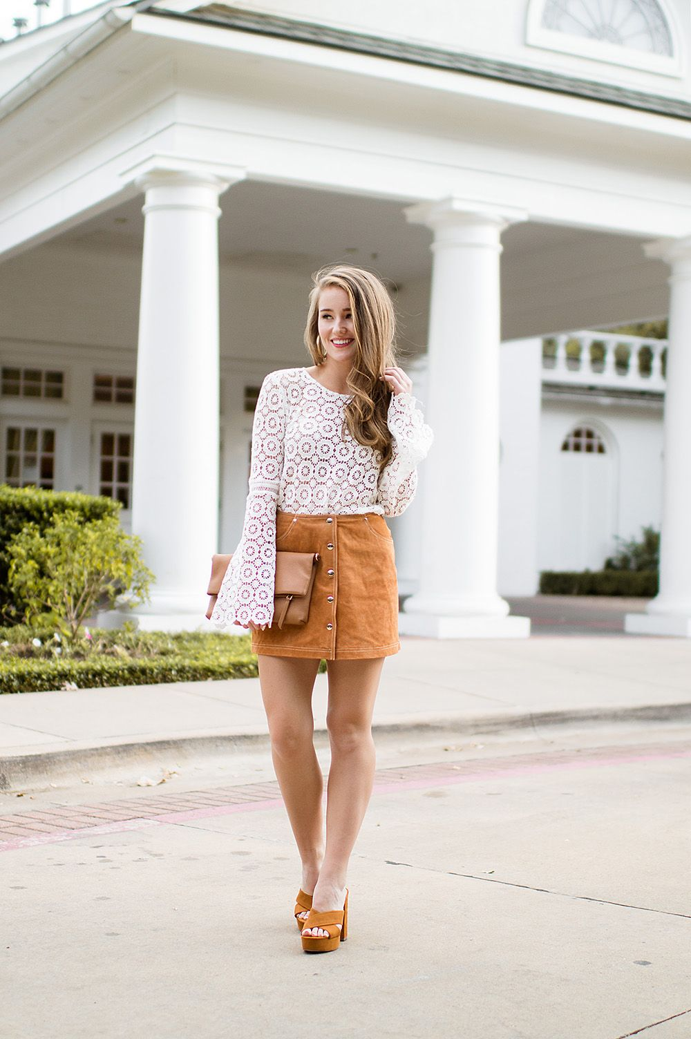 The perfect suede skirt and heels | how to style a suede skirt | fall fashion | fall style | styling a skirt for fall || A Lonestar State of Southern