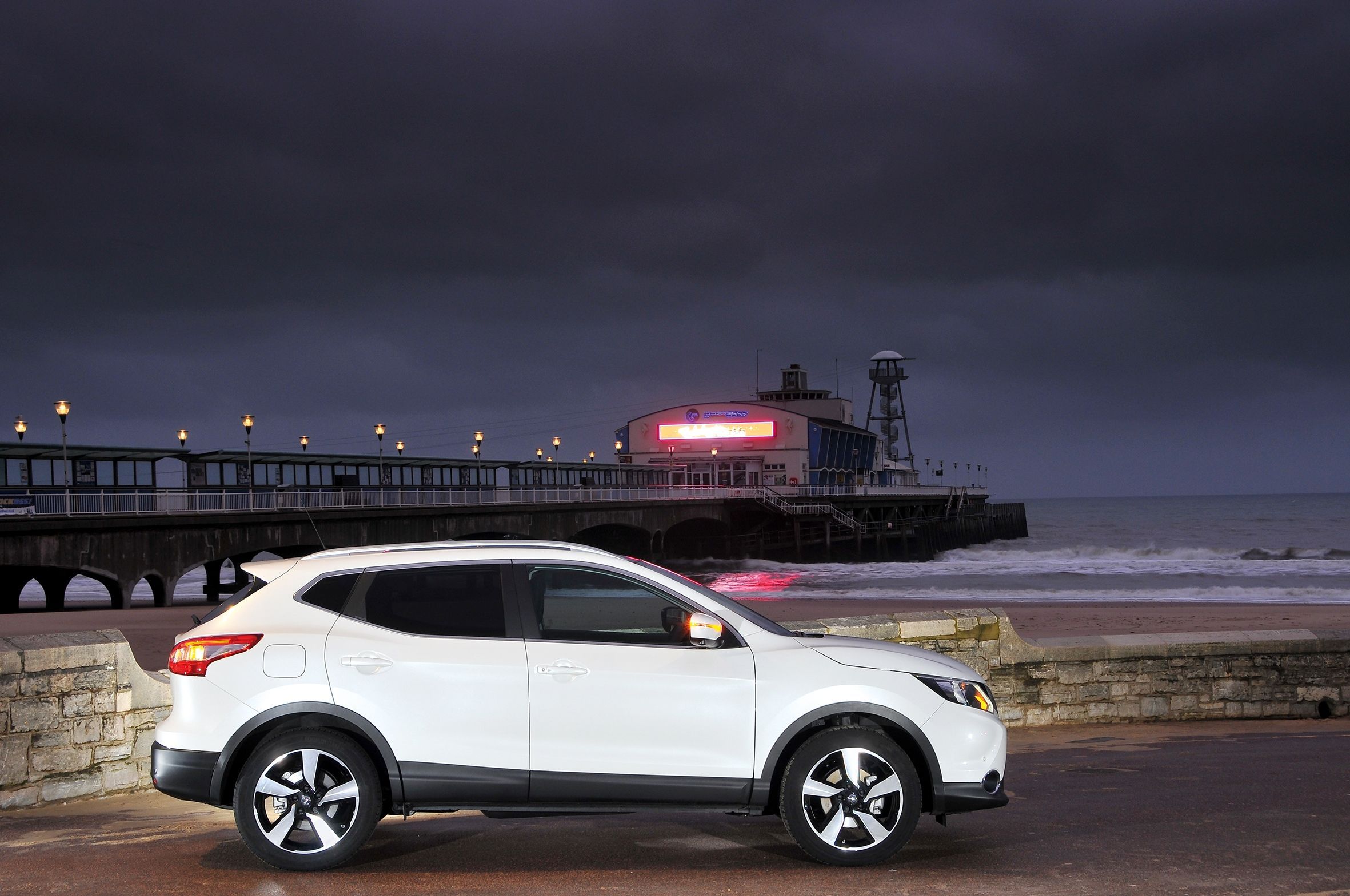 The nissan qashqai 1 5 dci 110 n tec is the best small suv 15 000