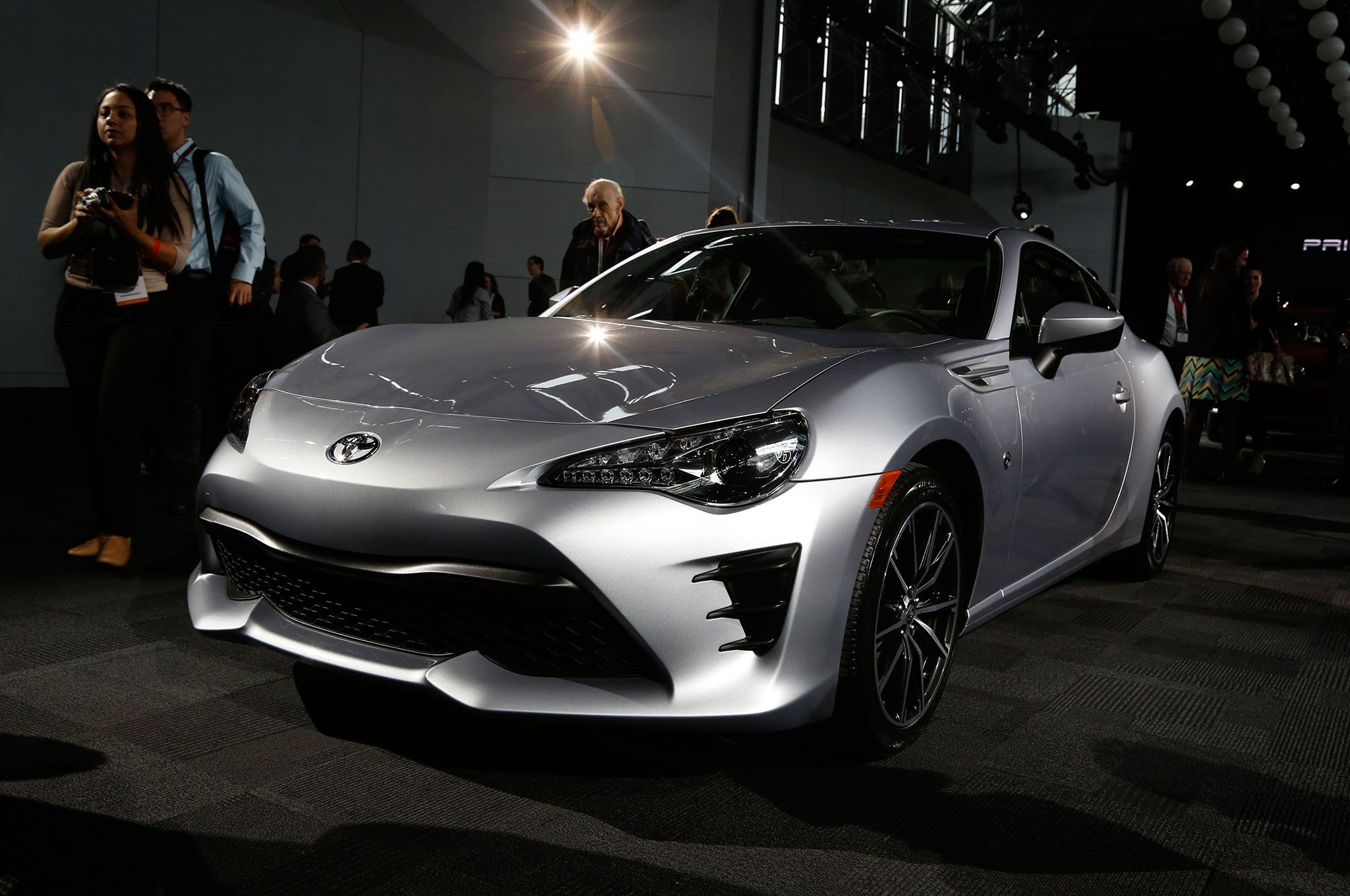 2017 toyota 86 revealed for new york the scion fr s gets a new