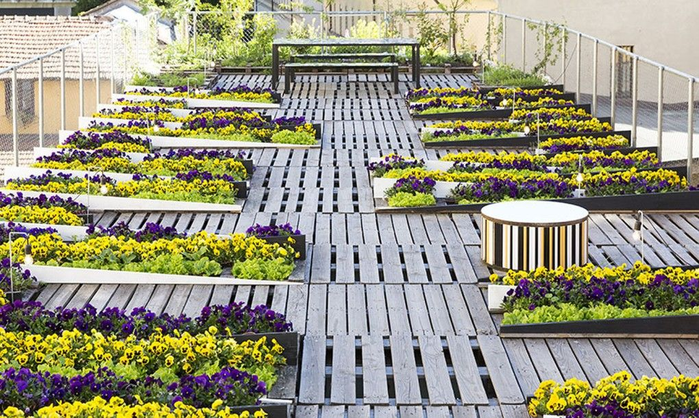 Kinetic Rooftop Garden Uses Pallets And Plants To Create The Illusion Of Movement By Piuarch Inhabitat