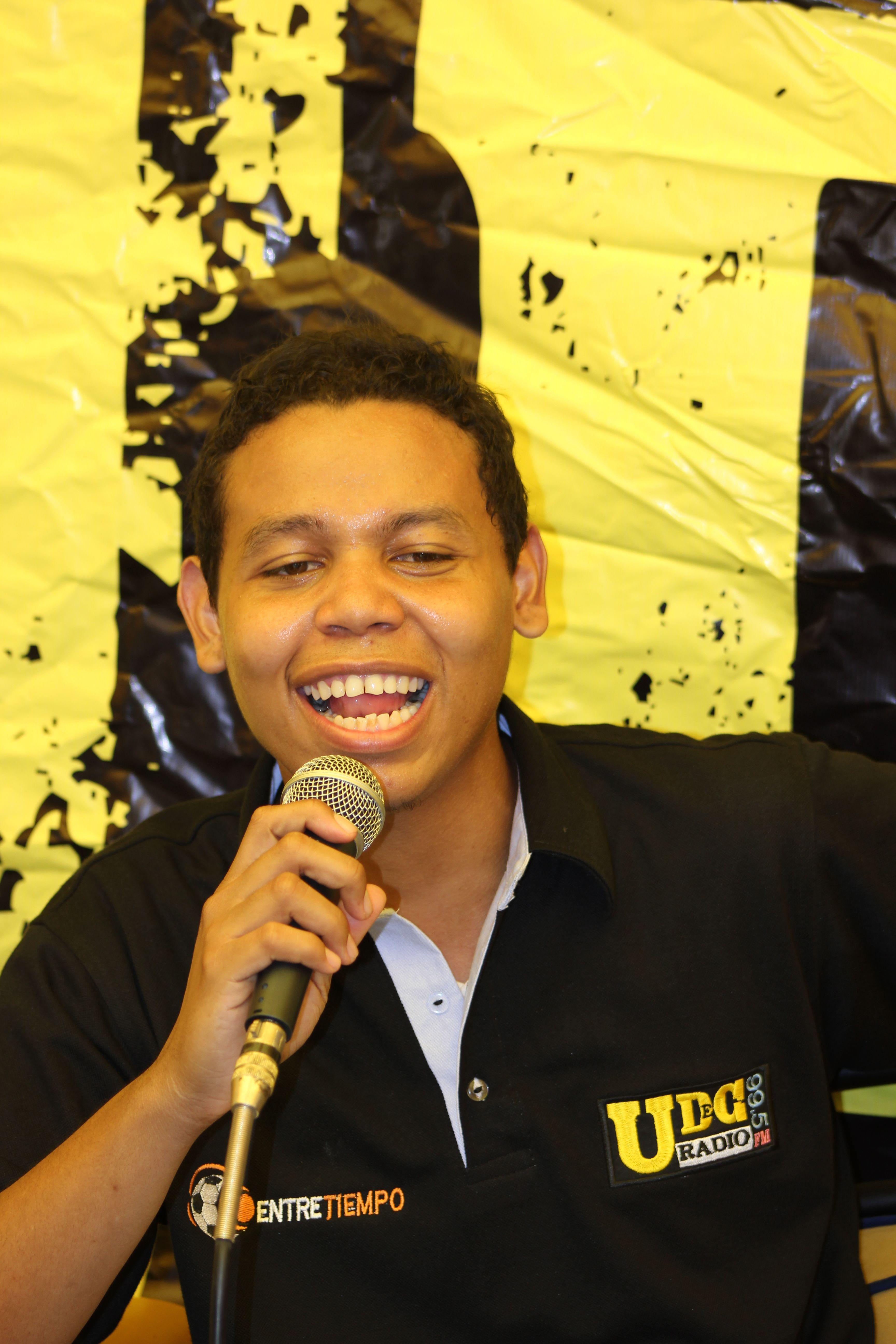 Factor 4: Procesos Académicos. Augusto Puello periodista deportivo del programa radial Entretiempo de UdeC Radio. - 2012. #Unicartagena #ComunicaciónSocial