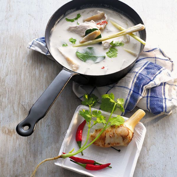 Hühner-Kokos-Suppe
