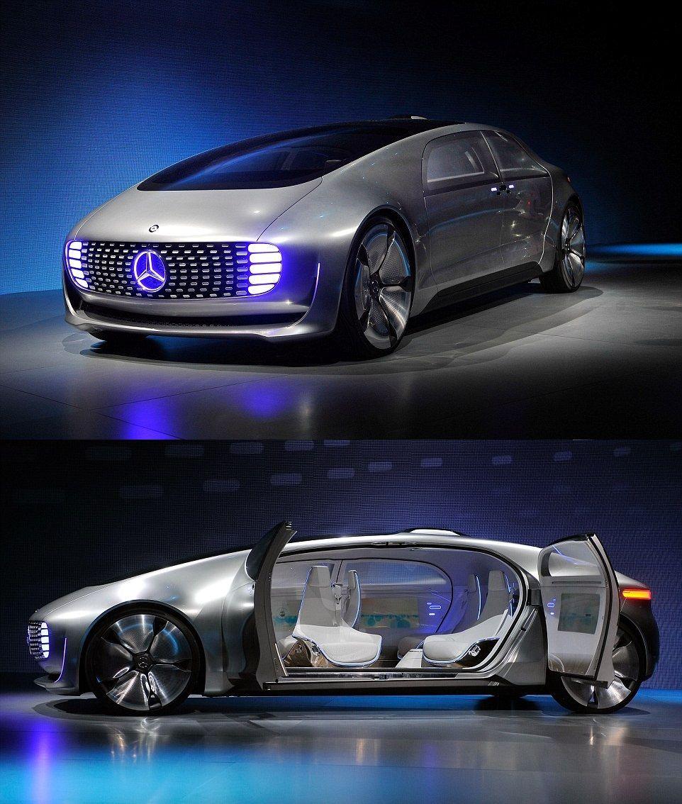 The Mercedes Benz F 015 Luxury In Motion Mercedes Benz Mercedes Benz