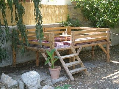 Cool Backyard Loft Seating Stage Backyard Seating Backyard Outdoor Seating Areas