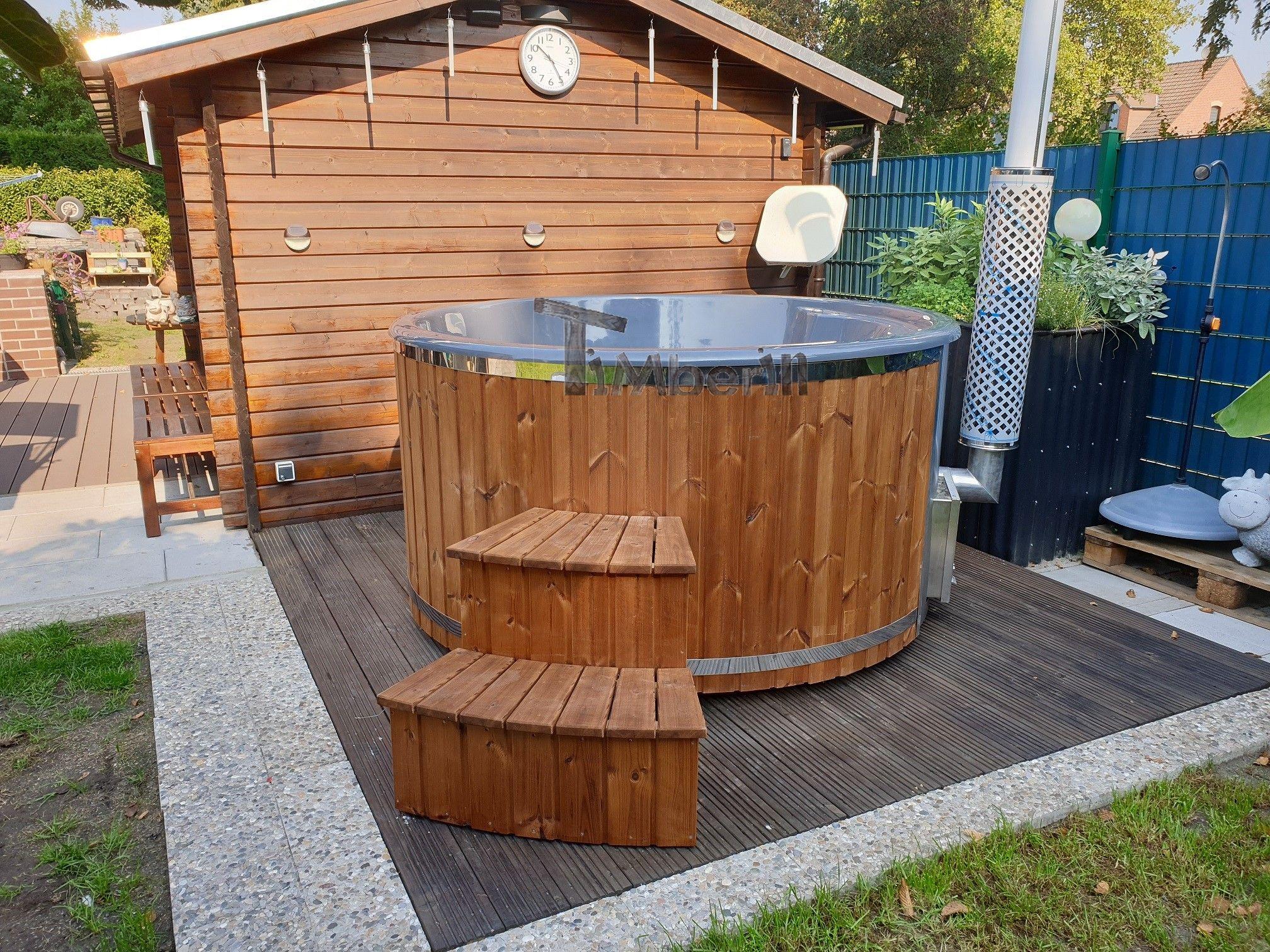 Badefass Gfk Mit Whirlpool Holz Befeuert Fur Draussen Kaufen Badefass Baden Sonnenschutz Garten