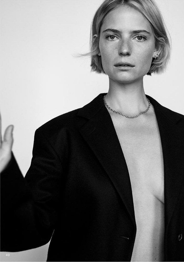 Camilla Deterre by Alexandra Nataf for Unconditional Magazine – Minimal. / Visual.