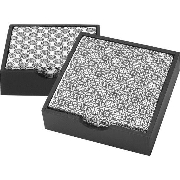 Serviettenbox in Schwarz mit trendigen Servietten im Retro-Design