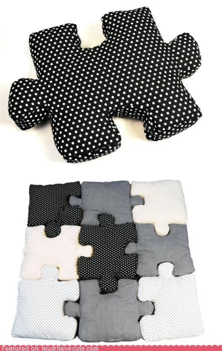 Pillow Puzzle I have to learn to sew I love this a play mat AND a puzzle in any color I want
