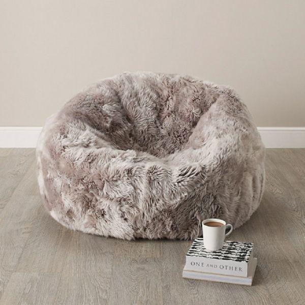 Der Sitzsack Sessel von Parker Wool – weicher Luxus aus Schafsfell