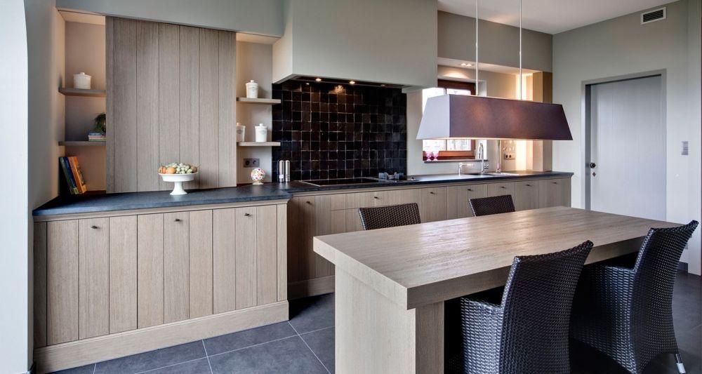 Landelijke keuken droom pinterest grijze vloer keuken en keukens - Keuken rustieke grijze ...