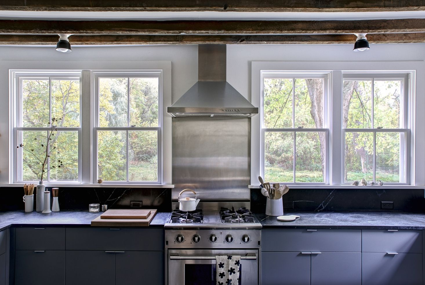 Kitchen Of The Week Hudson Valley Farmhouse Kitchen Reborn Remodelista Kitchen Remodel Farmhouse Kitchen Kitchen Decor