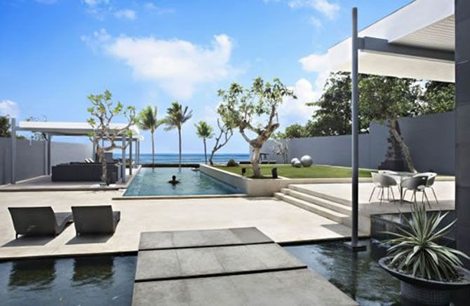 Having A Modern House Will Be A Good Match With Designs Using Concrete Or  Stones. Checkout 25 Best Modern Outdoor Design Ideas. Enjoy!