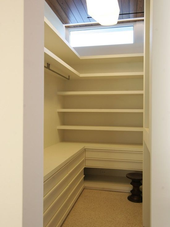 Practical Walk-in Closet for small space | Decor | Pinterest ...