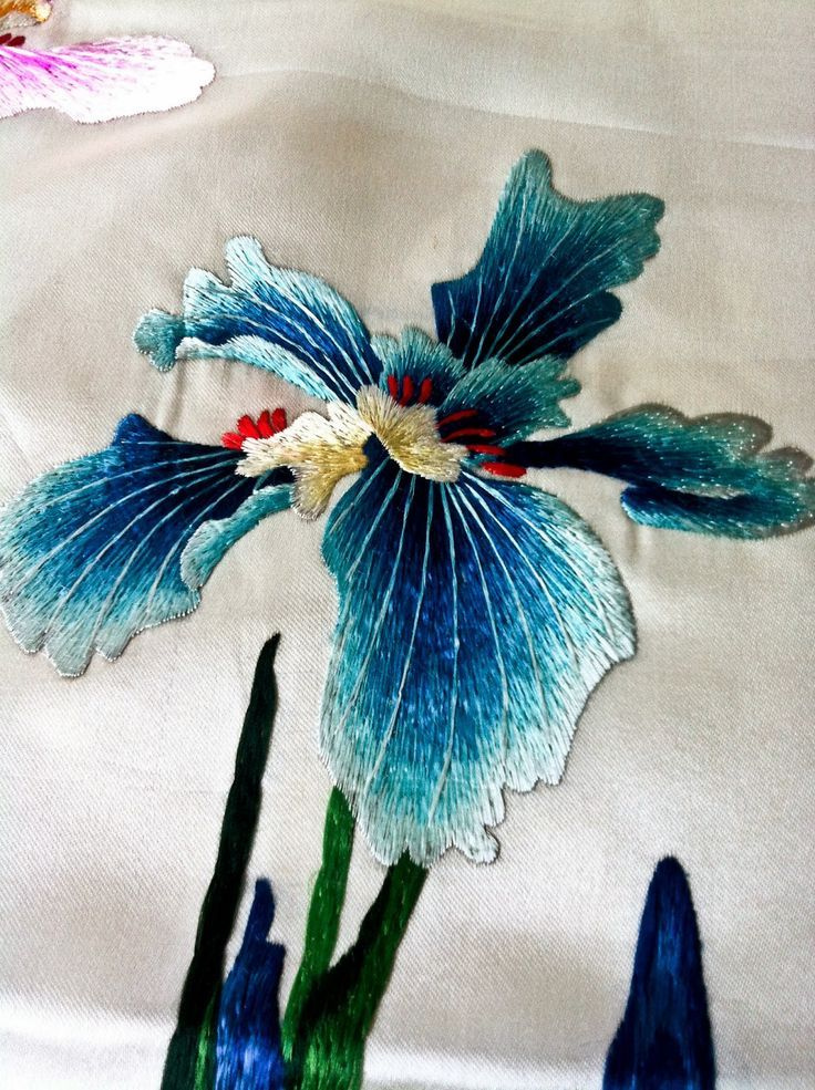 korean embroidery | Exquisite Korean embroidery | See more about Embroidery, Textiles and Folk.