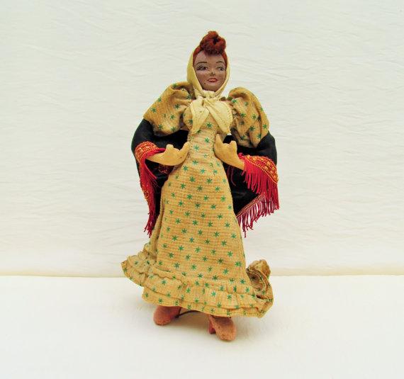 1940's Spanish doll, chulapa doll wearing traditional dress of Madrid, cloth body female doll with #spanishdolls