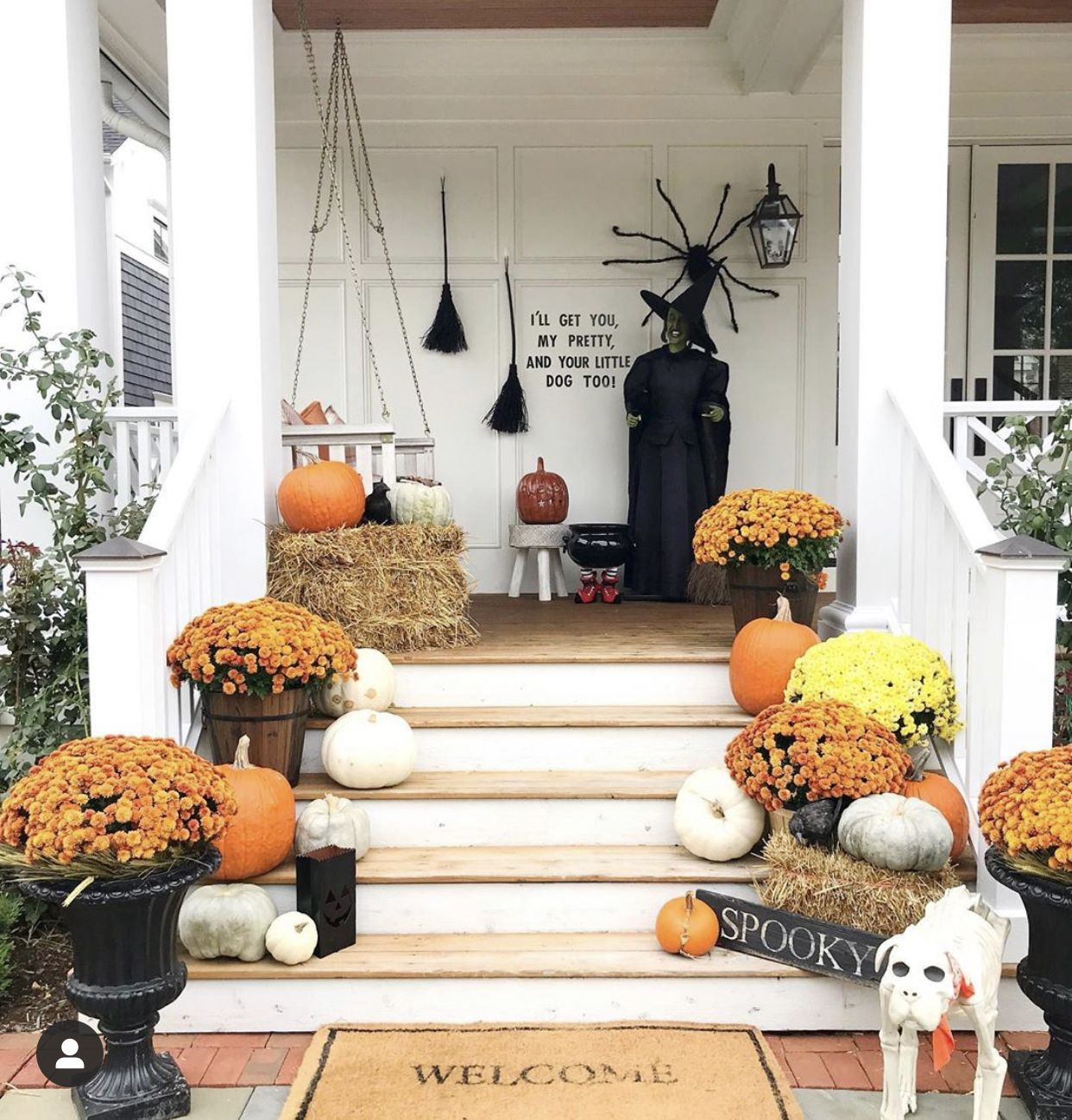 14 Stunning Front Porches With Fall Decor Halloween Front Door Decorations Fall Decorations Porch Front Porch Decorating