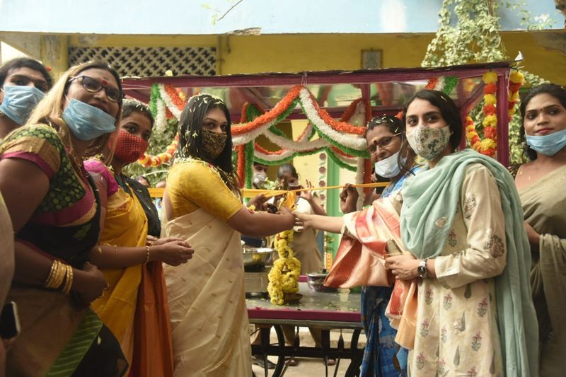 Idli Cart launched for Transgenders by Apsara Reddy on 1st September 2020