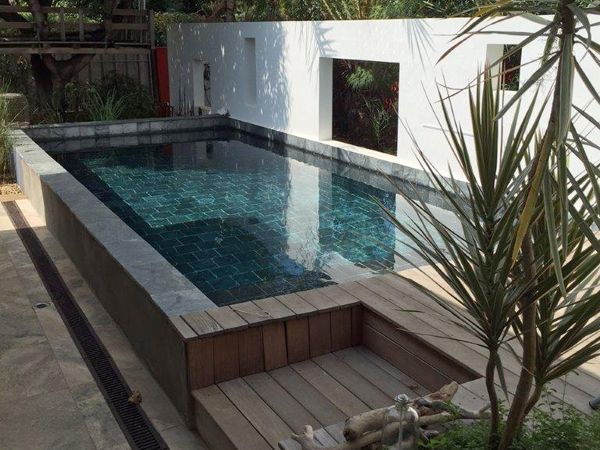piscine rectangulaire avec rev tement carrelage r alis e par marinal piscines swimming pool. Black Bedroom Furniture Sets. Home Design Ideas
