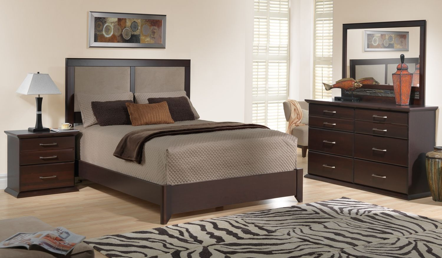 sherwood bedroom 5 pc. queen bedroom set - leon's | decorating