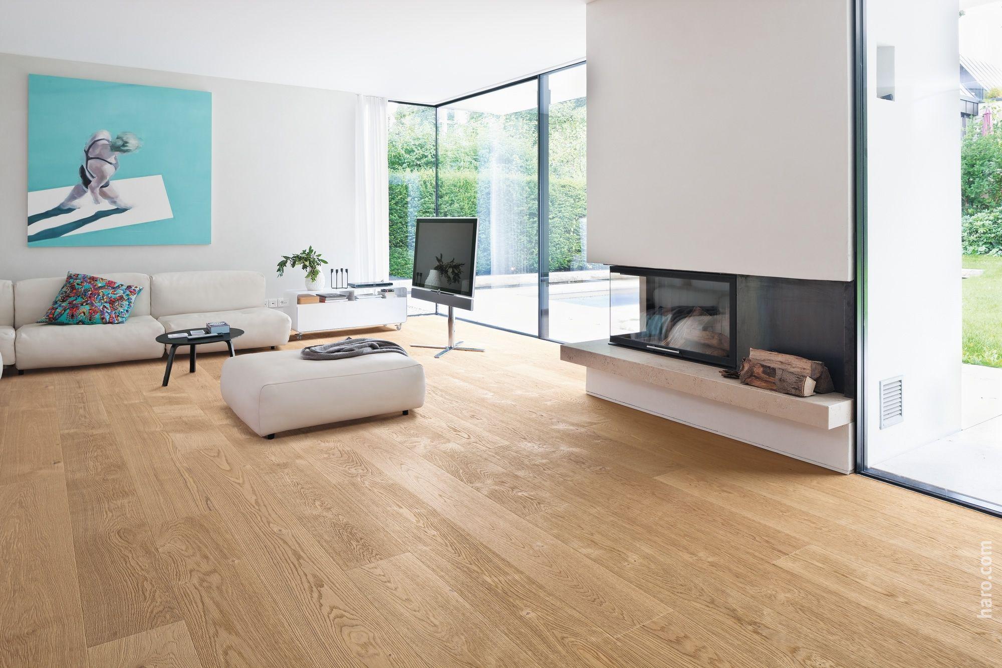 Holzfliesen Wohnzimmer ~ Bodenfliesen in holzoptik wohnzimmer iris kamin minimalistisch