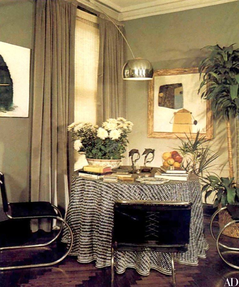 Barbara Walters S Former New York Apartment Is An Eclectic Retreat Architectural Digest