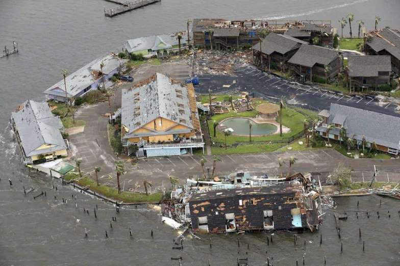 before and after photos show horrific extent of hurricane harvey s damage august 31 2017 key allegro in rockport after hurricane harvey