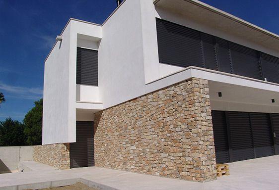 Fabricamos aplacados de piedra natural para fachadas pilares columnas muros enlosados o - Fachadas piedra natural ...