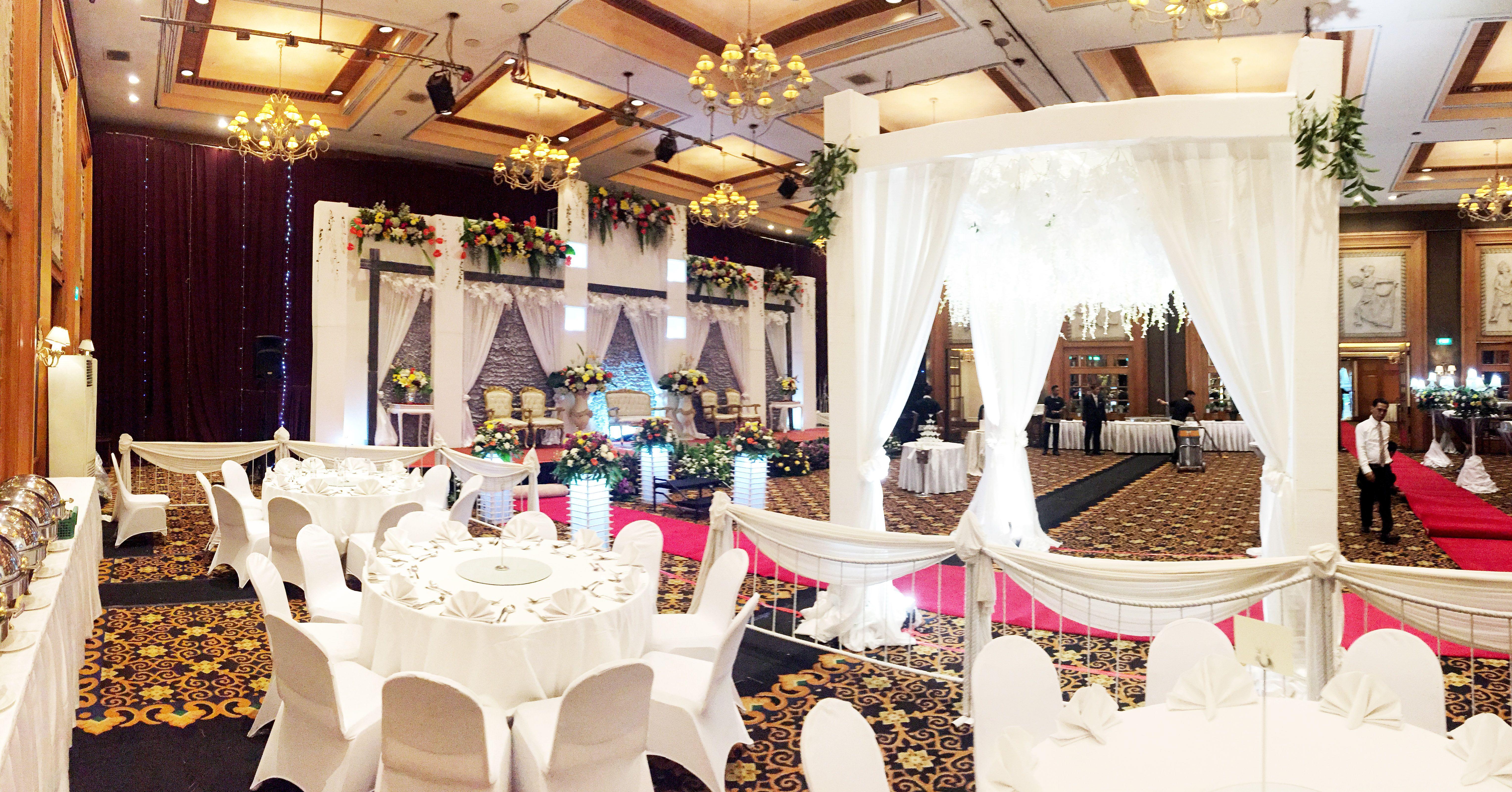 ISYE DEKORASI Rustic Wedding Decoration aryadutahotel Vendor Dekorasi Pernikahan Rustic