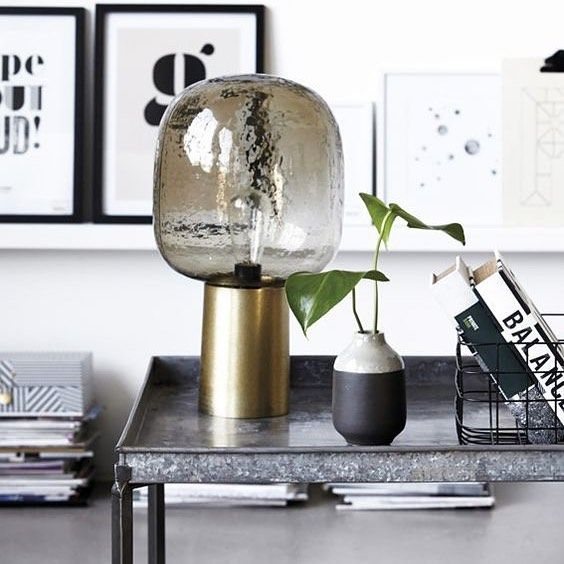 Adoring this beautiful lamp from @housedoctordk - it gives a